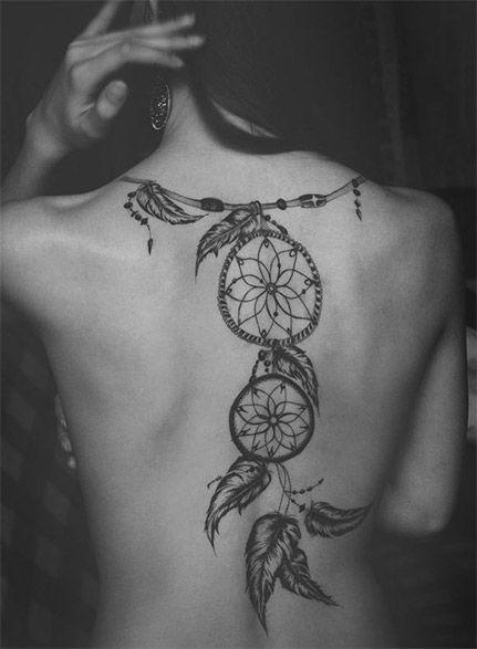 Smuk og elegant tatovering